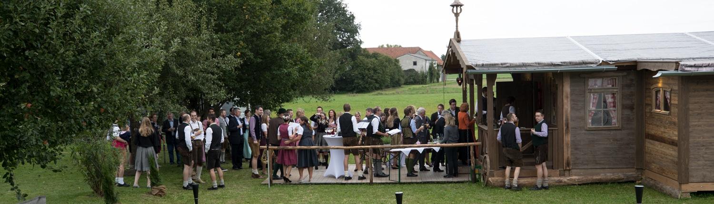 Alm-Hüttenverleih, Hochzeit in der mobilen Almhütte